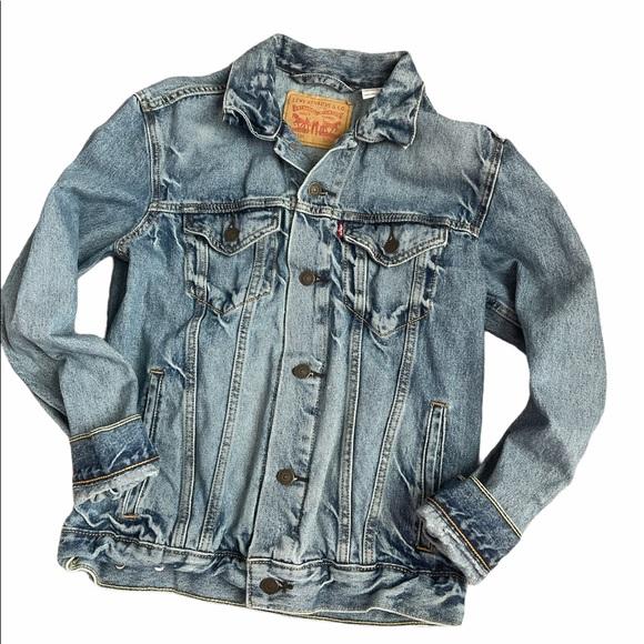 Levi's Trucker denim Jean jacket size small